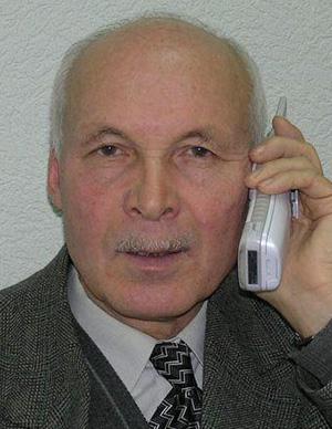 Савельев Владимир Петрович – профессор кафедры, к.ф.-м. н., доцент