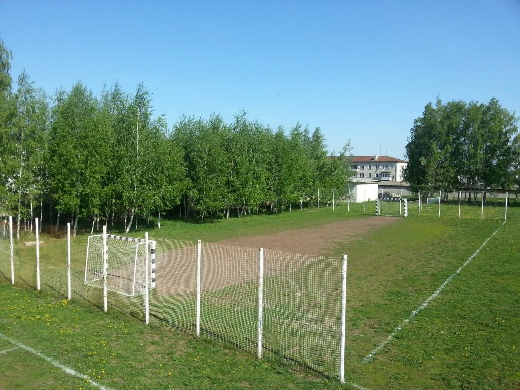мини-футбольная площадка
